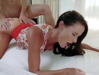 blowjob pornhd brunette college